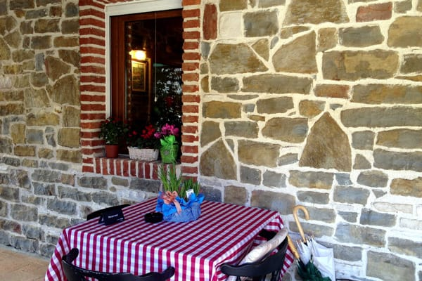 Tavern Stari Podrum Momjan: Nice rustic tavern
