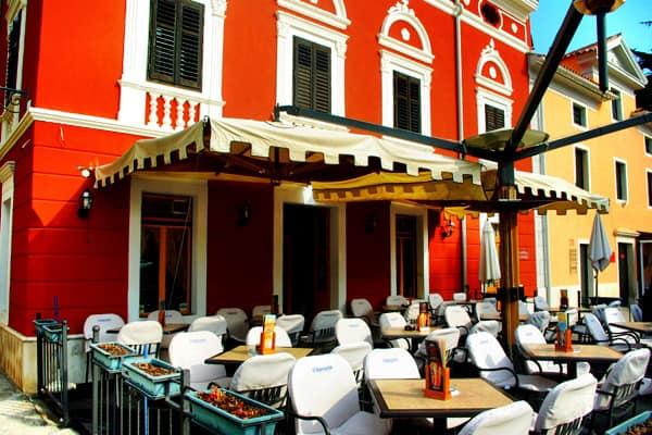 Coffee Bar in Novigrad, Istria
