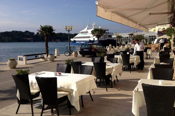 Waterfront Restaurant Divino in Porec