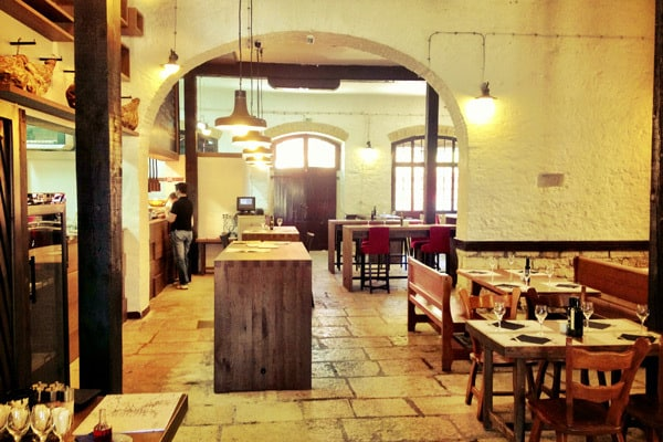 Tavern Kantinon Rovinj: Interior