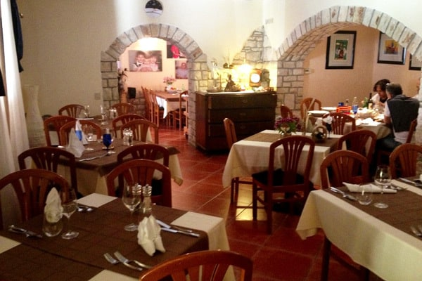 Restaurants in Novigrad: Cok