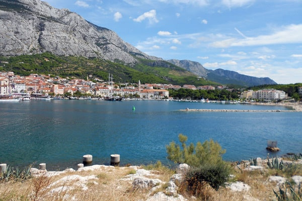 Makarska Croatia: View of the town and the mountain