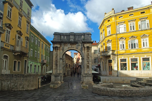 Pula Croatia: Golden Gate