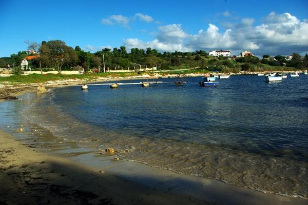 Pula Beaches: Beach Valovine