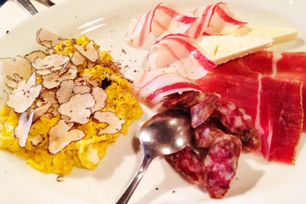 Tavern Toncic Zrenj: Cold cuts