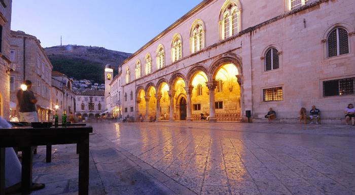 Cafes, Bars, and Nightlife in Dubrovnik|Dubrovnik Travel Guide