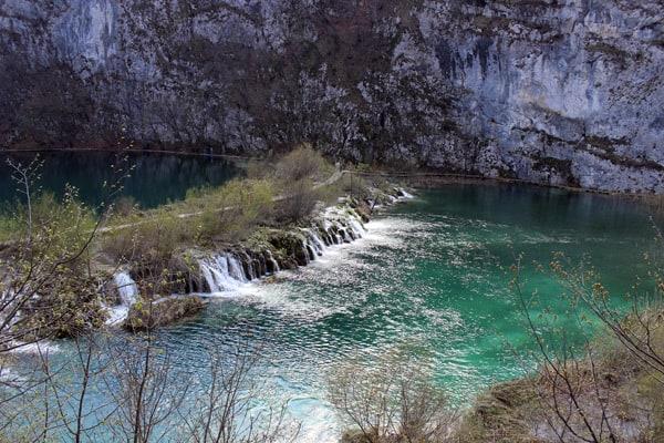 Plitvice Lakes Croatia Photos: Amazing color