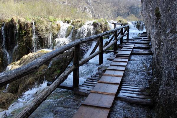 Plitvice Lakes Croatia Photos: Very hight water