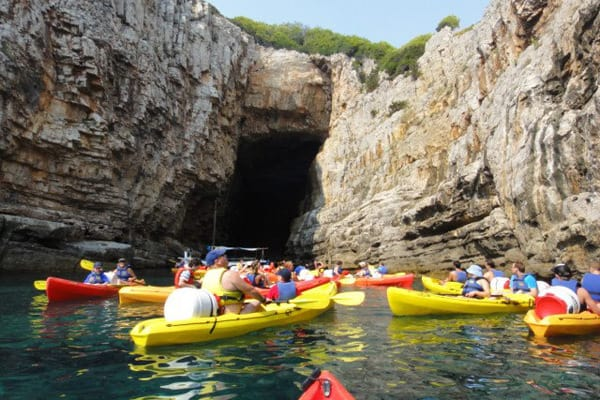Sea Kayaking in Dubrovnik: Pretty scenery