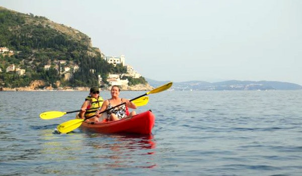 Sea Kayaking in Dubrovnik: Mom looks professional