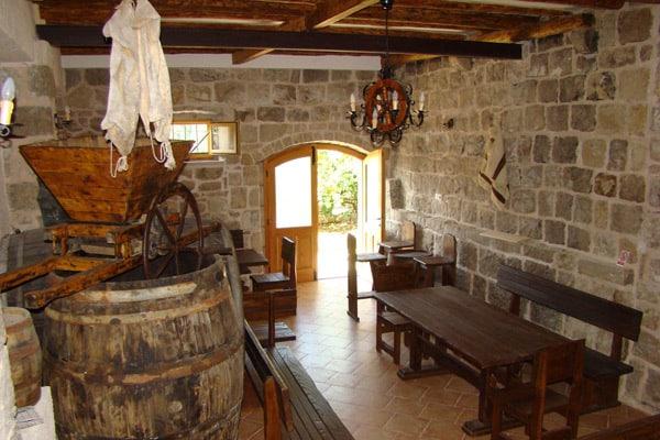 Things to do in Dubrovnik: Glavinja Olive Oli Tasting