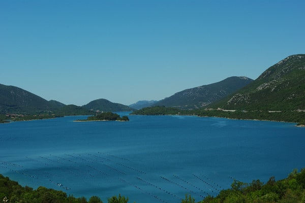 Reasons to visit the Peljesac peninsula: Ston Bay