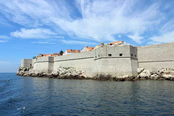 Dubrovnik Pictures: Sailing around the old town toward the old port