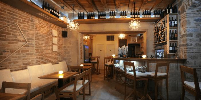Restaurants in Split: Wine Bar Paradox