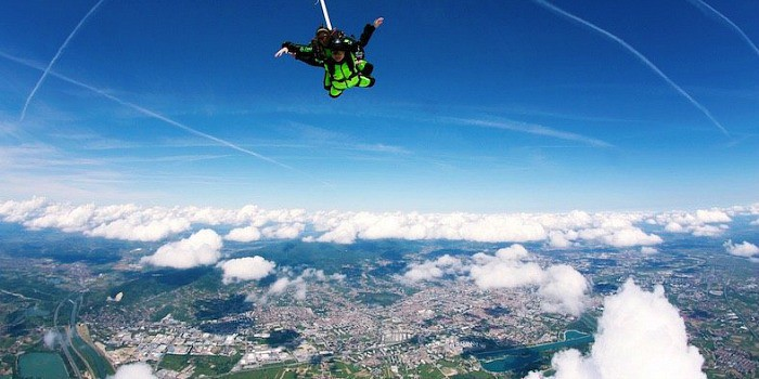 Zagreb Travel Blog: Things To Do In Zagreb |Skydiving in Zagreb