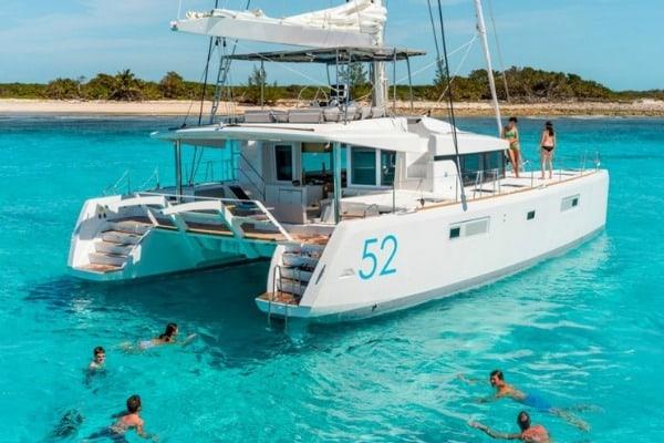 Yacht Charter Croatia: Lagoon 52