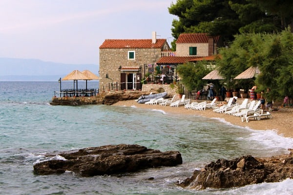 A perfect weekend getaway to the island of Brac: Ribarska kucica