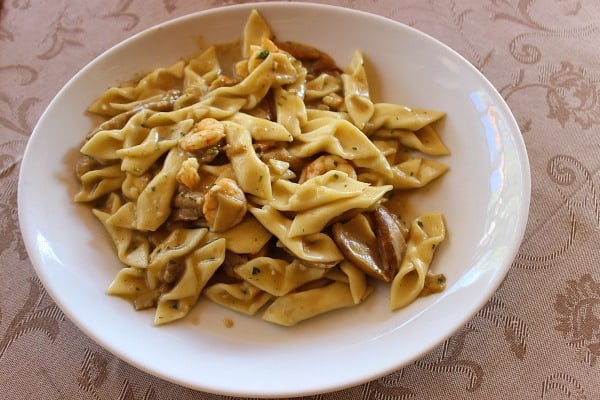 Croatian Food: Fuzi pasta