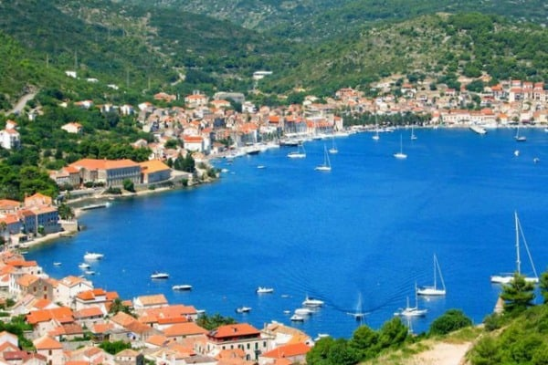 Croatia Sailing Itinerary: Vis Town on the island of Vis