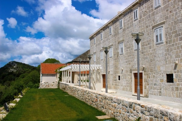 Peljesac Wine Tour | Saints Hills Winery