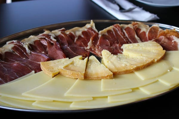 Rizman Winery Komarna Croatia | Plate of cheese and prosciutto