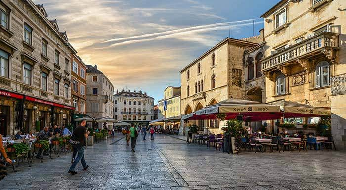 Where To Stay In Split Croatia|Best places to stay in Split Croatia: Old Town