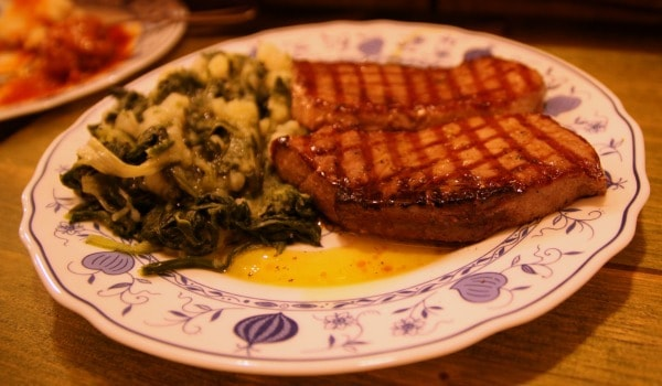 Villa Spiza Split | Tuna steak with Swiss chard