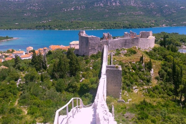 Peljesac Peninsula Travel Guide | Ston Walls