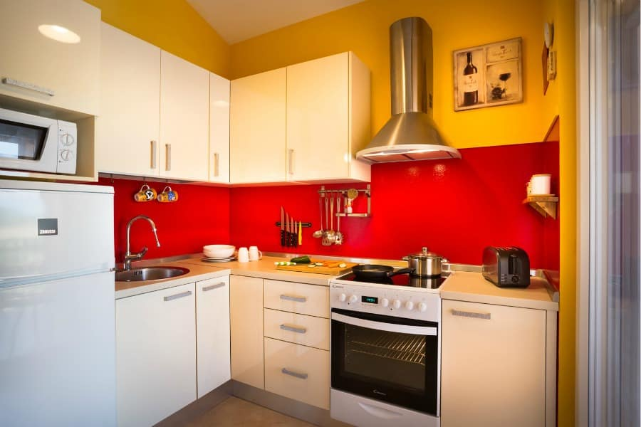 Frank's Place | A fully-equipped kitchen