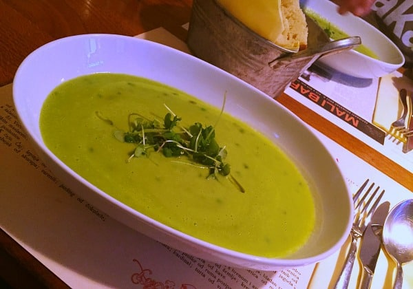 Mali Bar Zagreb | A yummy pea soup