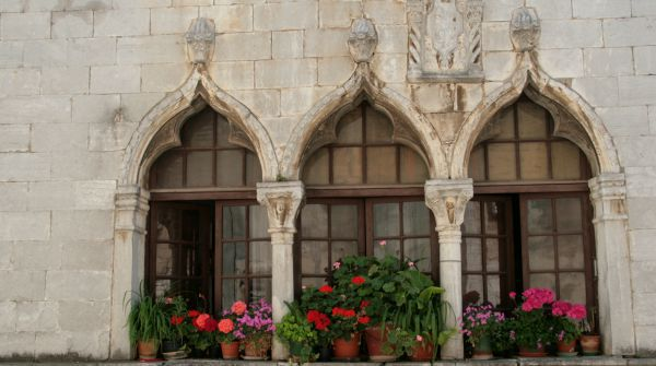 What To See In Porec | Venetian-style house