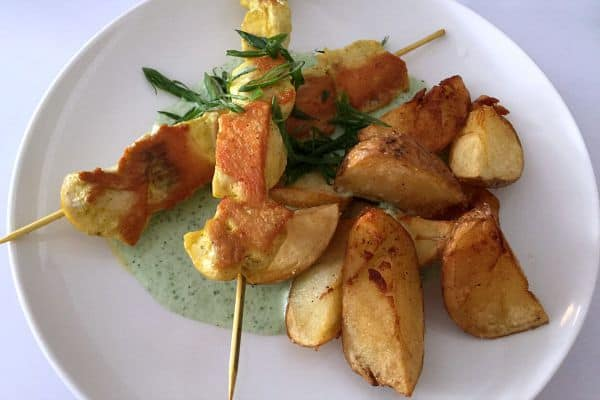 Bistroteka Zagreb | Chicken skewers with crispy potato