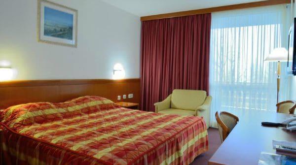 Accommodation At Plitvice Lakes | Hotel Jezero