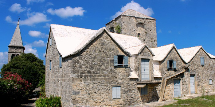 14 enchanting villages in Croatia|Skrip in Croatia
