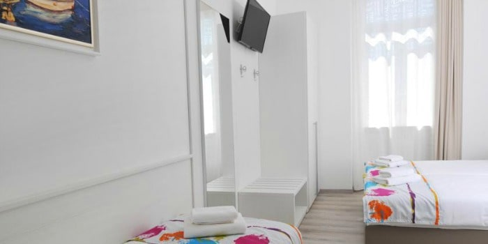 Best Hostels In Croatia |Hostel Joyce in Pula