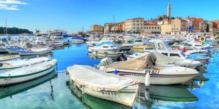 Panasonic Lumix GF7 Review |Rovinj harbor