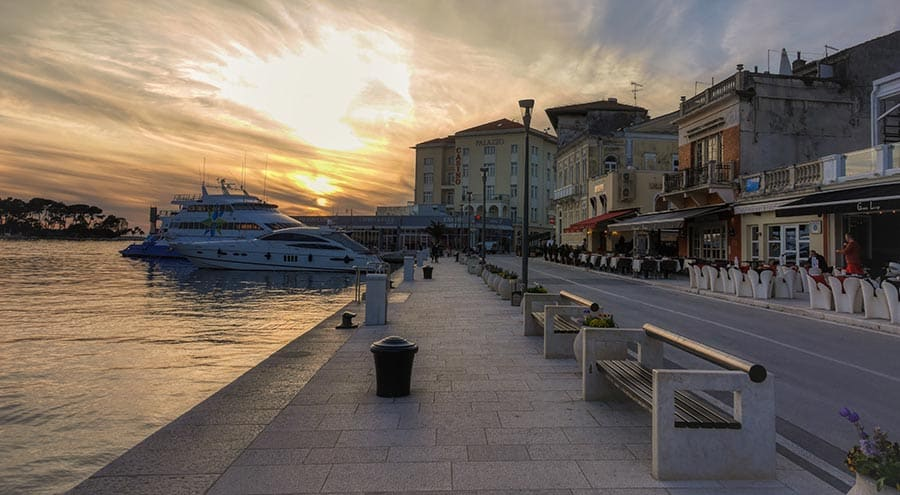 Porec Croatia Travel Guide | Bars, clubs, and nightlife in Porec