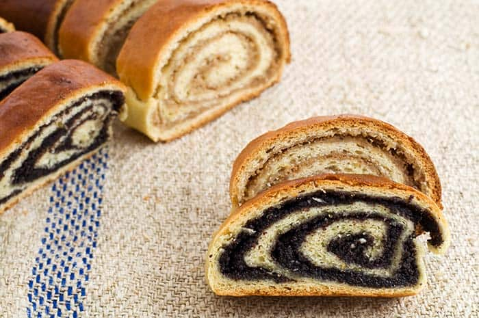 Croatian Desserts | Poppyseed and walnut roll