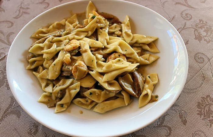 Croatian cuisine: Fuzi, a typical handrolled pasta from Istria