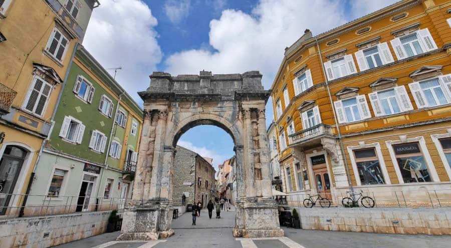 Pula Croatia Travel Guide | Arch of the Sergii in Pula Croatia