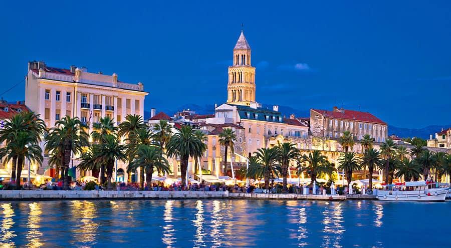 Riva in Split at nighttime