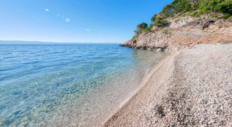 Пляж Нугал недалеко от Макарски