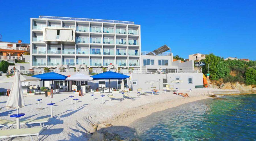 Beach hotel Split in Podstrana