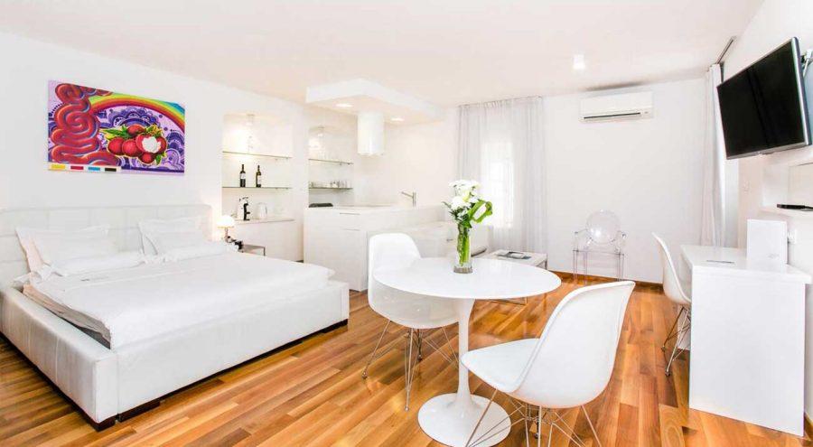 Divota Apartment-Hotel, studio interior