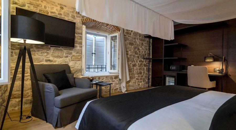 Murum Hotel in Split, Bedroom